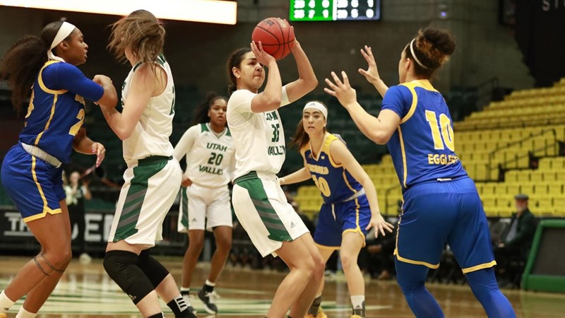 Wolverines suffer first WAC defeat on buzzer beater